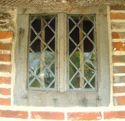 Glass Glazing Mullion : Medieval window diamond quarrels moulded mullion oak